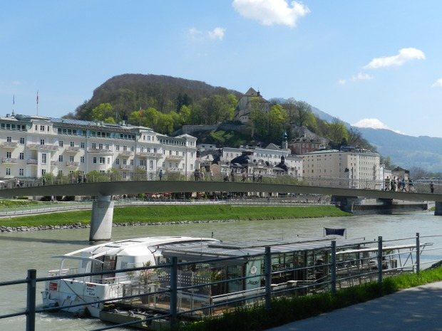 River Salzach and view of Kapunzinerberg Hill.
